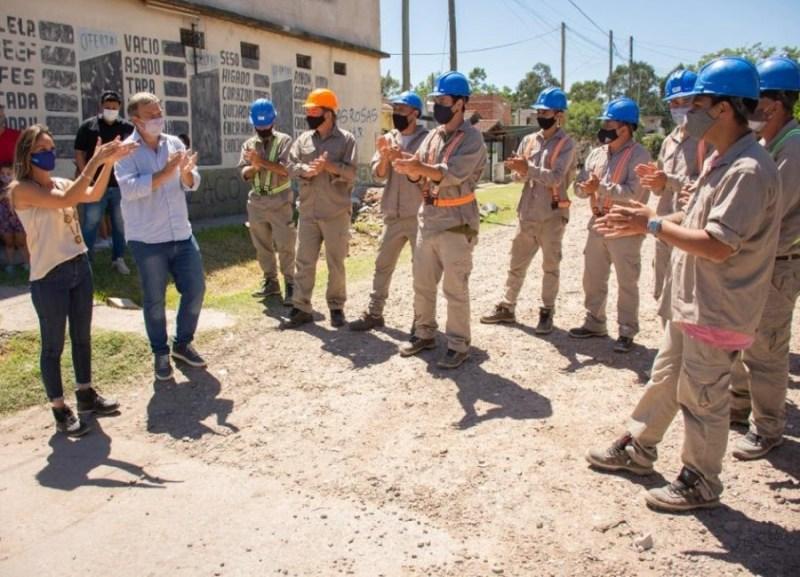 Cascallares y Malena Galmarini inauguraron una red de agua potable para 9  mil vecinos de Almirante Brown