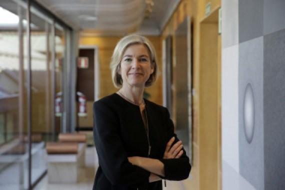 """<p>Jennifer Doudna, catedrática de Química y Biología Molecular de la Universidad de California, en la sede de la Fundación BBVA, en Madrid, donde recogió el premio Fronteras del Conocimiento en la categoría de Biomedicina. / <a href=""""http://www.agenciasinc.es/En-exclusiva/PROGRAMADOS/Jennifer-Doudna-coinventora-de-CRISPR-Cas9-pide-precaucion-en-su-uso"""" target=""""_blank"""">Imagen</a>: Olmo Calvo / SINC</p>"""