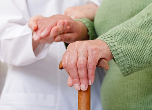 <p>En el origen del envejecimiento desempeña un papel muy importante la progresiva acumulación de daños en las células. / Fotolia</p>