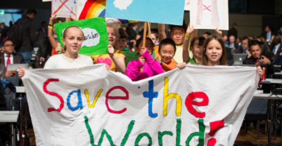 """<p>En 2018 se espera realizar una evaluación sobre la adecuación real de las acciones climáticas, ya que en el documento que se ha aprobado en esta cumbre los países se comprometen a evaluar sus emisiones de CO<sub>2</sub>para el próximo año/ <a href=""""https://www.flickr.com/photos/unfccc/"""" title=""""Ir a la galería de UNclimatechange"""" target=""""_blank"""">UNclimatechange</a></p>"""