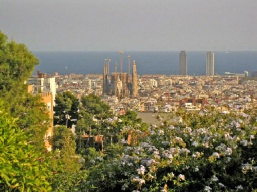 <p>Barcelona, desde el Parc Güell. / Enfo, Wikipedia CC 3.0 </p>