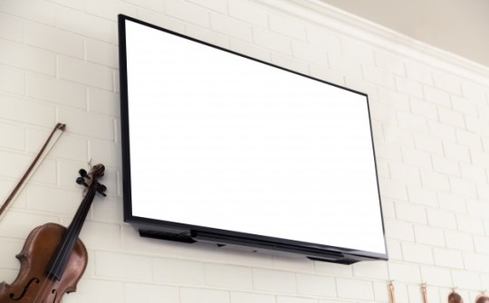 Povpraševanje uporabnikov Hotel TV po televizorjih z velikim zaslonom