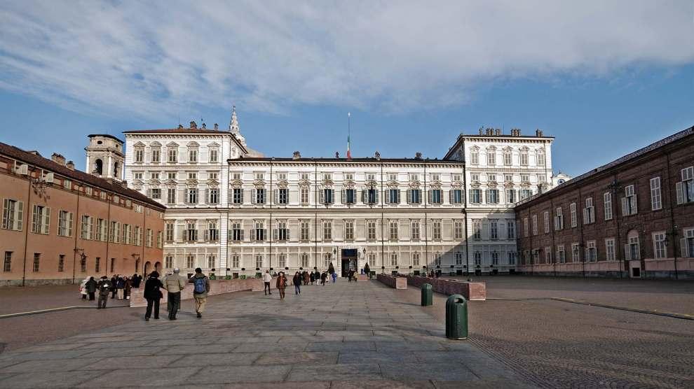 Palazzo Reale di Torino visto da Piazza Castello