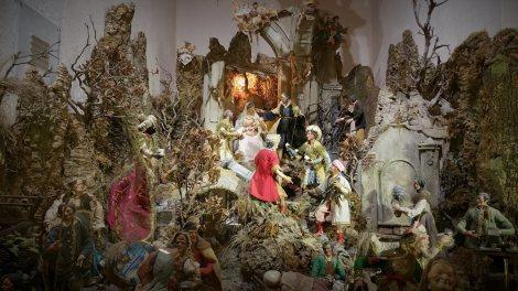 Uno dei presepi in mostra al Santuario di Montevergine