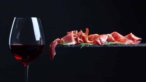 Cerchi un ristorante, una pizzeria o una braceria  o un agriturismo dove cenare stasera ad Avellino ? Ecco dove mangiarein un'atmosfera di piena convivialità.