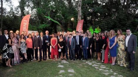 L'agenzia assicurativa che fa capo a Paolo Sanfilippo è da anni impegnata sul territorio della provincia di Avellino a sostegno di iniziative e progetti culturali, artistici, sportivi e di solidarietà.