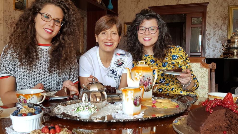 Antonietta Polcaro con le figlie