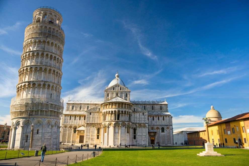Piazza del duomo Pisa