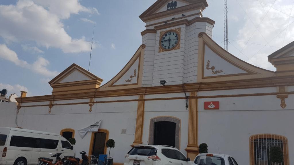 Suspendidos servicios en Ixtenco por toma de presidencia