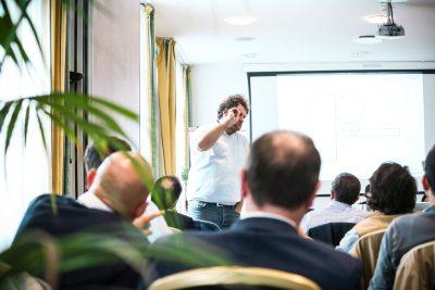 Agenti Treviso comunicare con i social