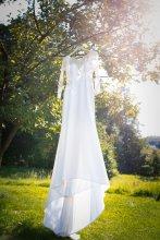 Svatba na klíč: svatební šaty