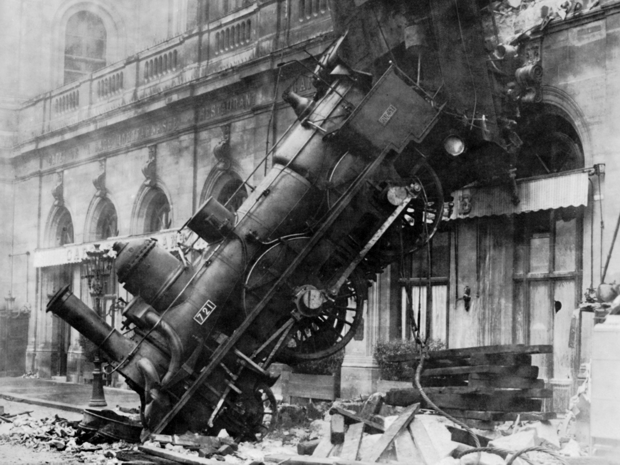 Train_wreck_at_Montparnasse_1895_4x3