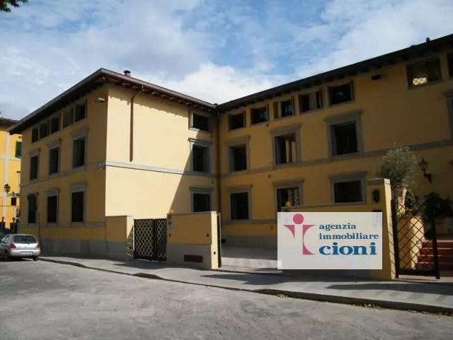 Bilocale Firenze San Frediano Mq 60 Piano Primo arredato (10)
