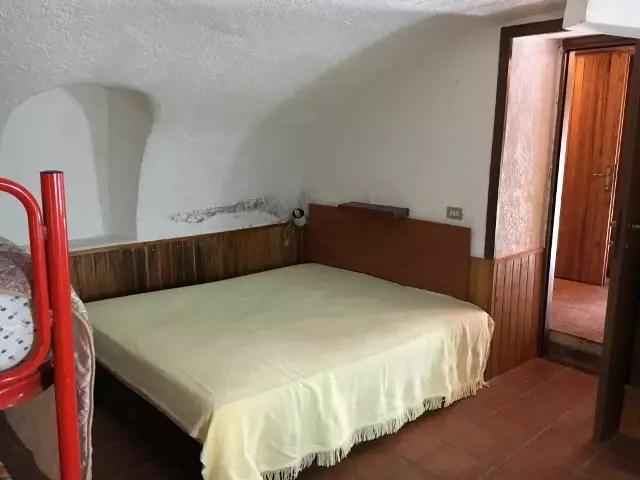 Appartamento Fiumalbo Dogana Nuova Tre Vani Due Livelli