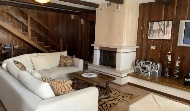 Villa Abetone Centro Cinque Locali Mq 180 Due Piani Terrazzo Garage Mq 60