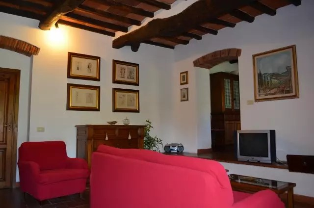 Villa Leopoldina Mq 400 Firenze Pontassieve 15 vani terreno 2,5 Ettari Appartamento Laterale (7)