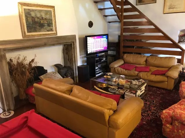 Villa Leopoldina Mq 400 Firenze Pontassieve 15 vani terreno 2,5 Ettari Appartamento Piano Primo (91)
