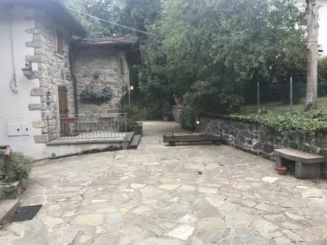 Villetta Bifamiliare Terra Tetto Abetone Faidello 7 vani Mq 250