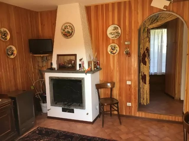 villetta-terra-tetto-fiumalbo-dogana-nuova-quattro-vani-mq-90-111