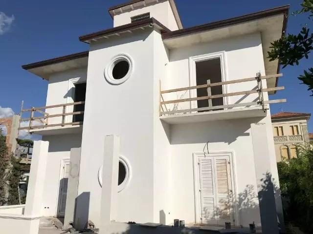 Villetta Nuova costruzione Terra Tetto Marina di Pietrasanta Tonfano Mq 165 Giardino Mq 380 (147)