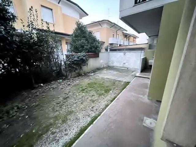 Trilocale Viareggio Terminetto Mq 66 Piano Terra Giardino Mq 100 Parcheggio Privato (14)