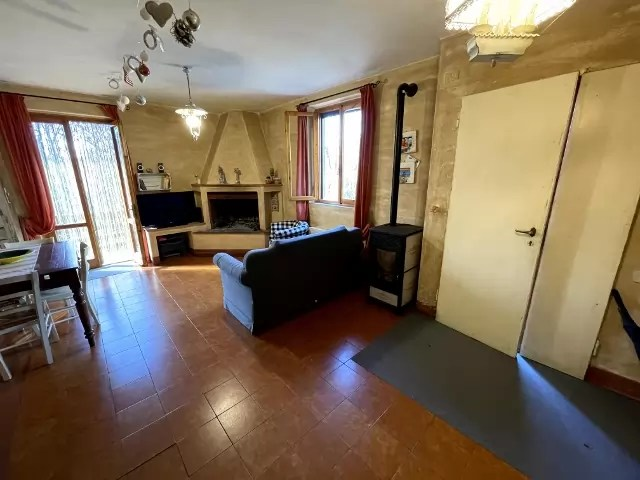 Villetta Bifamiliare Prunetta Quadrilocale Mq 110 Garage Giardino (80)