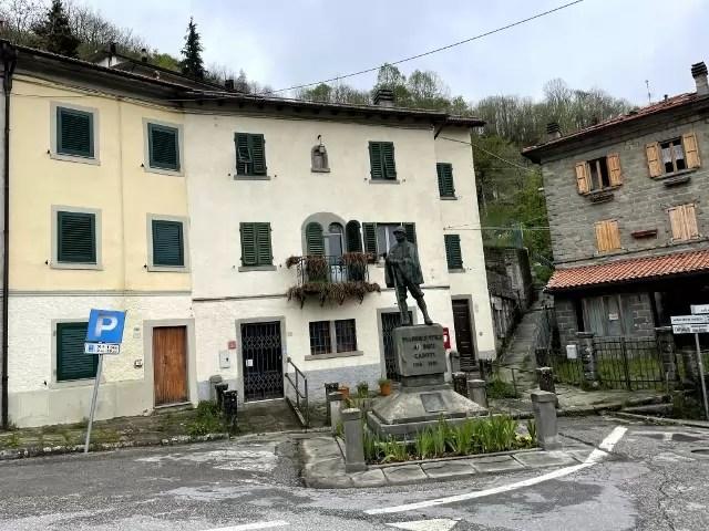 Villetta Ristrutturata Pianosinatico Mq 120 Quadrilocale Tre Piani Due Ingressi (19)