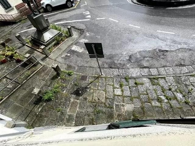 Villetta Ristrutturata Pianosinatico Mq 120 Quadrilocale Tre Piani Due Ingressi (37)