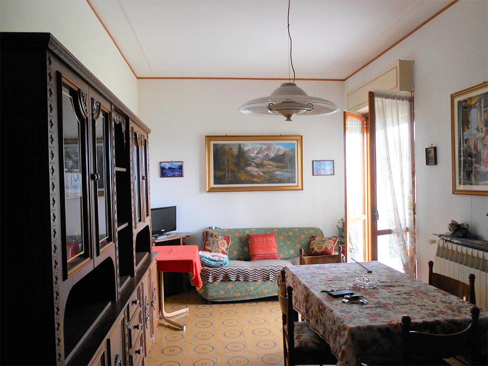 Ufficio-Immobiliare-Agenzia-Rosso-U93