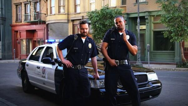 Lets-Be-Cops-3