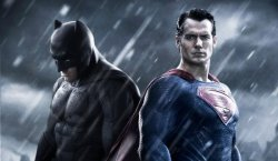 bfdbf5faf1c8b51c86550c5a05fc88a9-the-comic-con-batman-v-superman-trailer-leaked-in-gifs