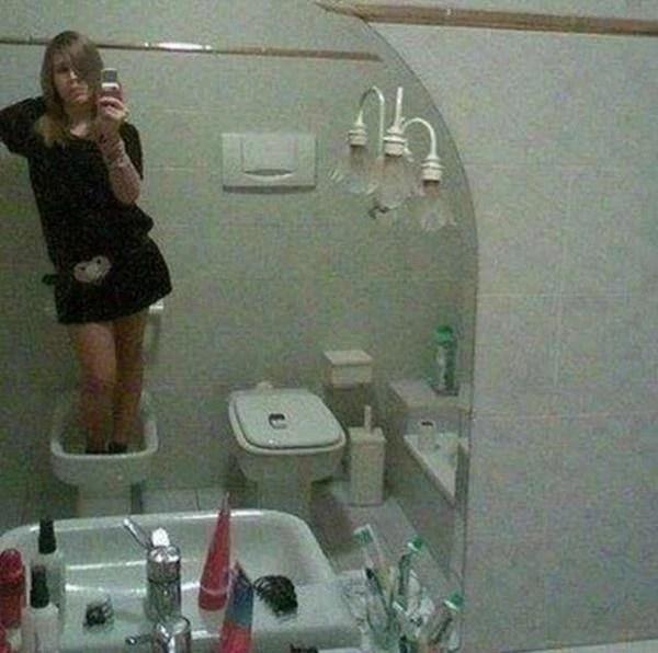 ili8ies-selfies