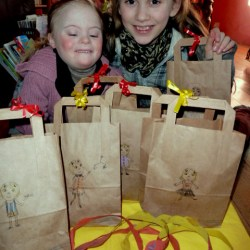Agi K makes party bags for Magdalena's birthday