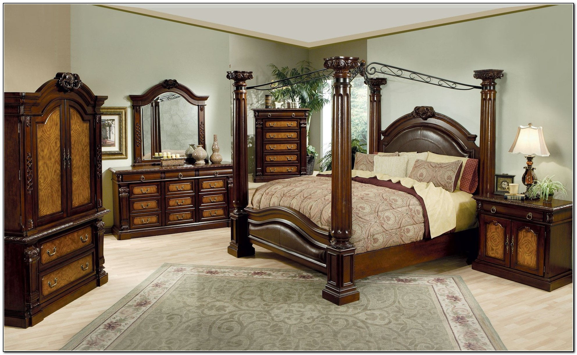 Canopy Bed Comforter Sets Amp New Enchanted Toile Full