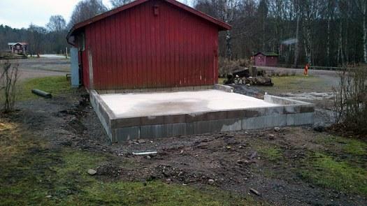 Husgrund för bygget med uthuset. Foto: Bernt Lindsjö