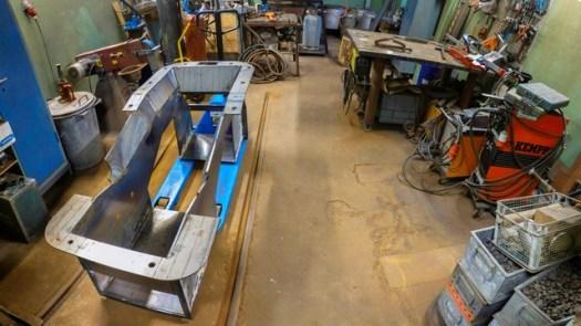 En ny halvfärdig asklåda till VGJ 24 som skall kompletteras med luckor mm. Foto: Harald Brauer