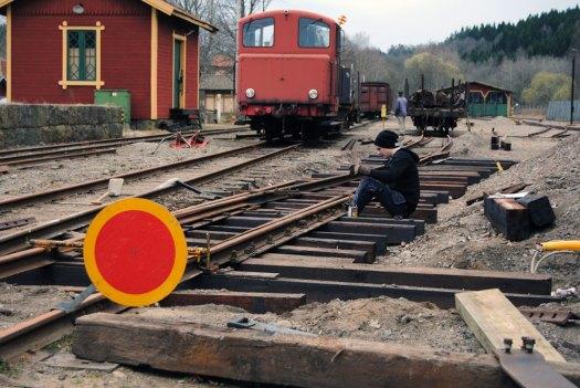Montering av växeltungorna. Foto: Patrik Engberg