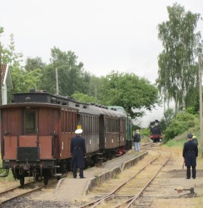 Möte i Kvarnabo. Tåg med Tp och VGJ 24 2014-06-29. Foto: Lennart Nordh