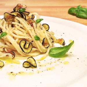"""""""Spaghetti with Fried Courgettes alla Nerano"""" recipe"""