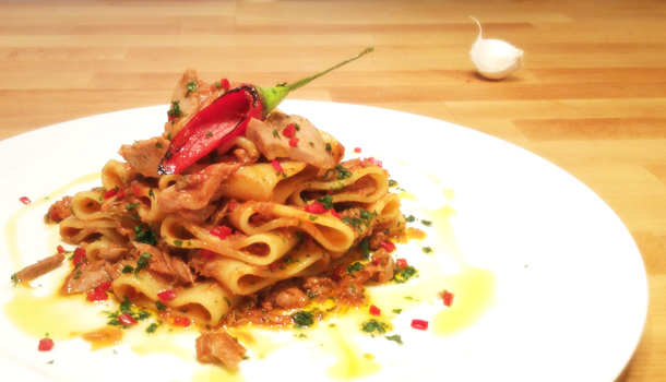 """Pasta with Spicy Tuna Sauce"" recipe - ""Calamarata al Tonno"""