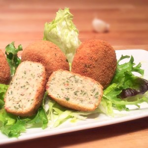 """Boiled Chicken Meatballs"" recipe - ""Polpette di Lesso"""