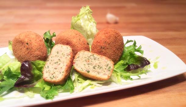 """""""Boiled Chicken Meatballs"""" recipe - """"Polpette di Lesso"""""""