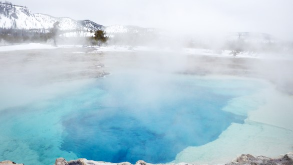 A guide to visiting Yellowstone National Park