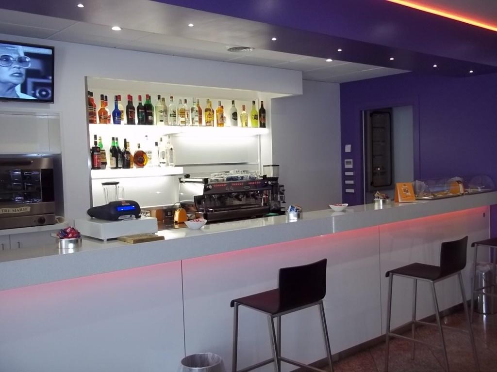 ARREDAMENTI BAR agor allestimentiallestimento bar
