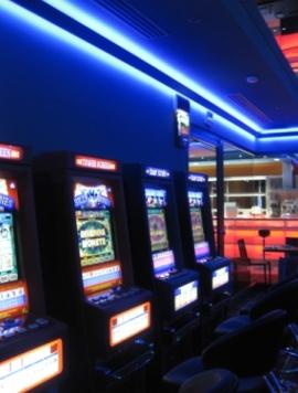 allestimento sale VLT slot giochi e centri scommesse
