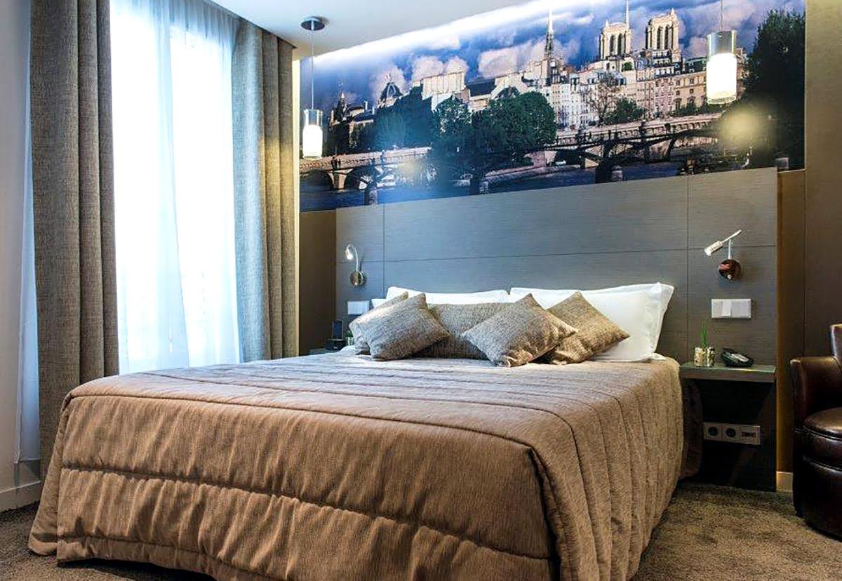 Bars in Paris-France-nightlife-Hotel Minerve