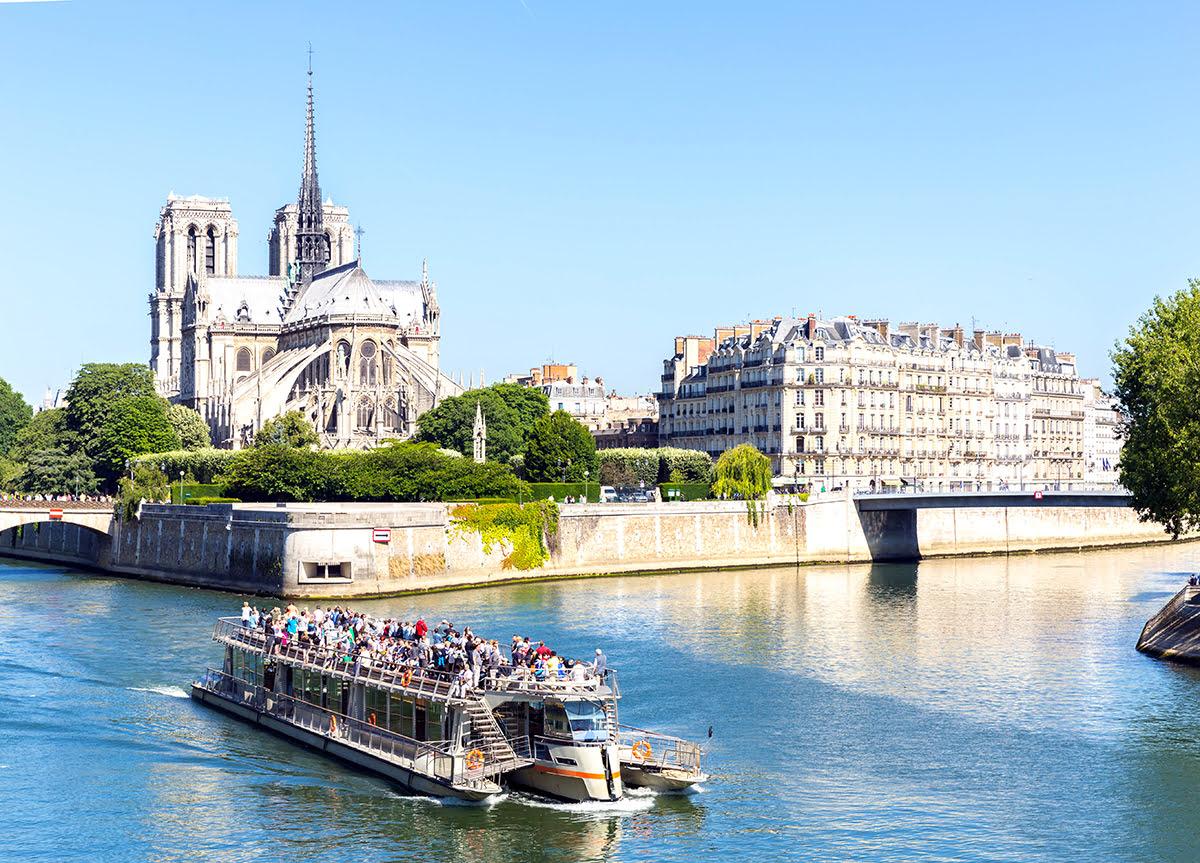 Paris attractions-travel France-Bateaux Parisiens River Cruise