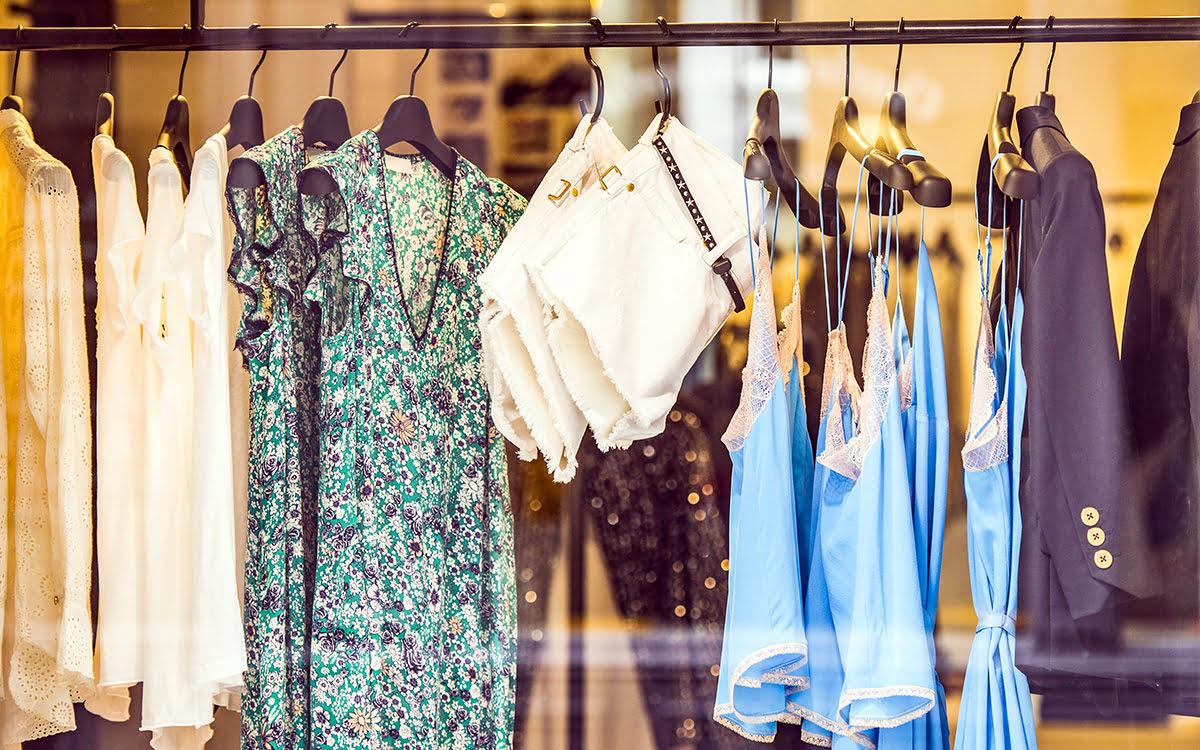 Paris shopping-France-Rue du Commerce