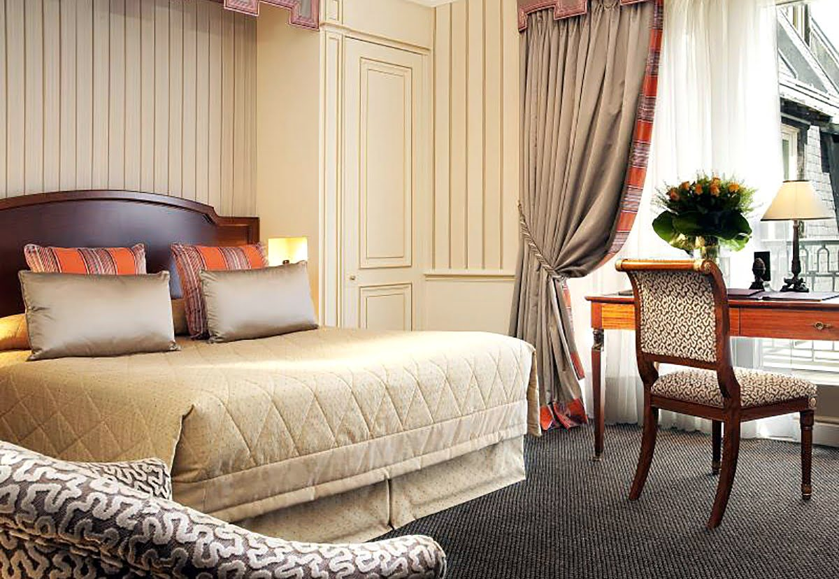 Where to stay in Paris-hotels-resorts-Hotel Napoleon