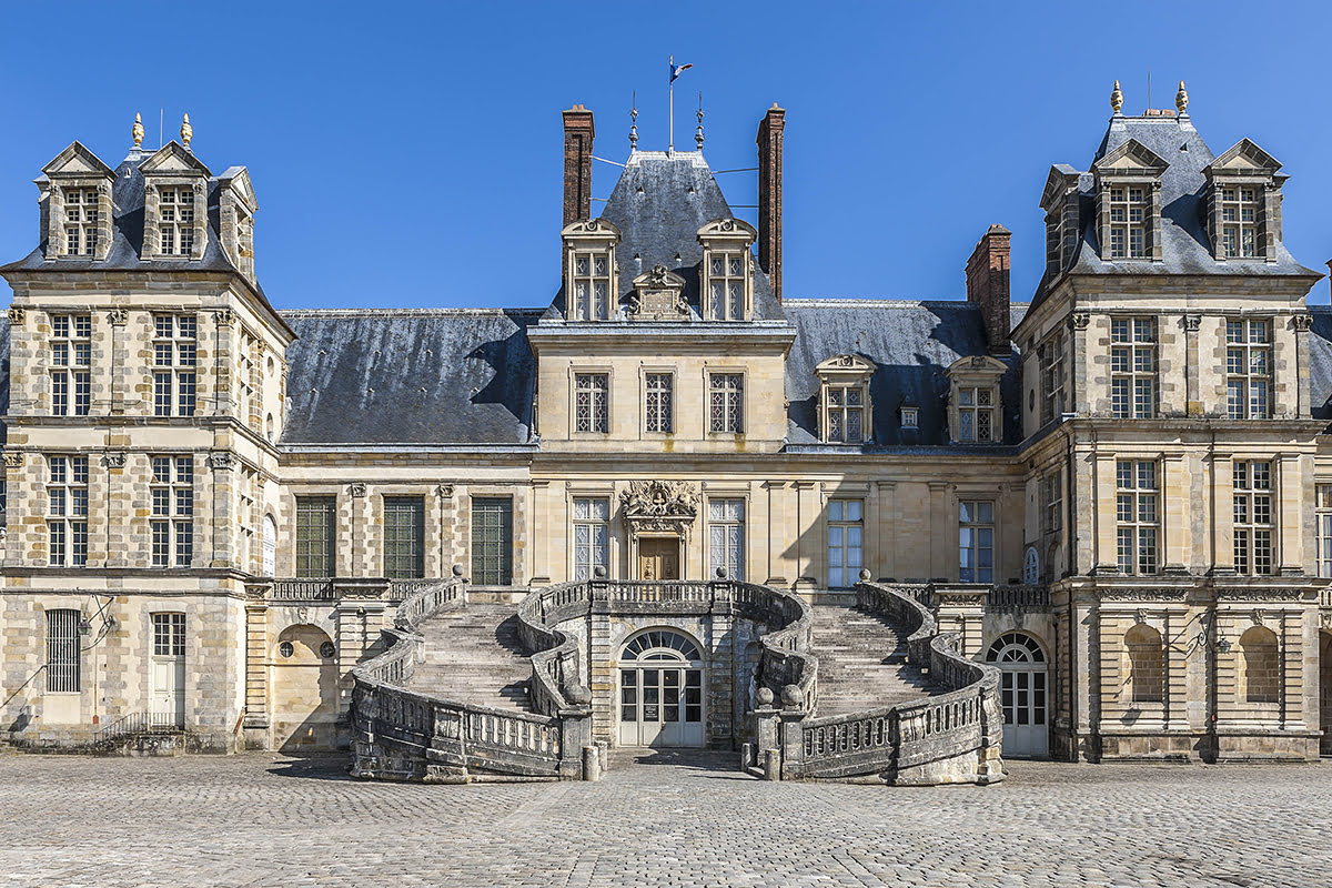 Day trips from Paris-France-travel-Fontainebleau Castle